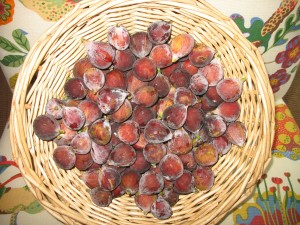 Basket of fresh figs
